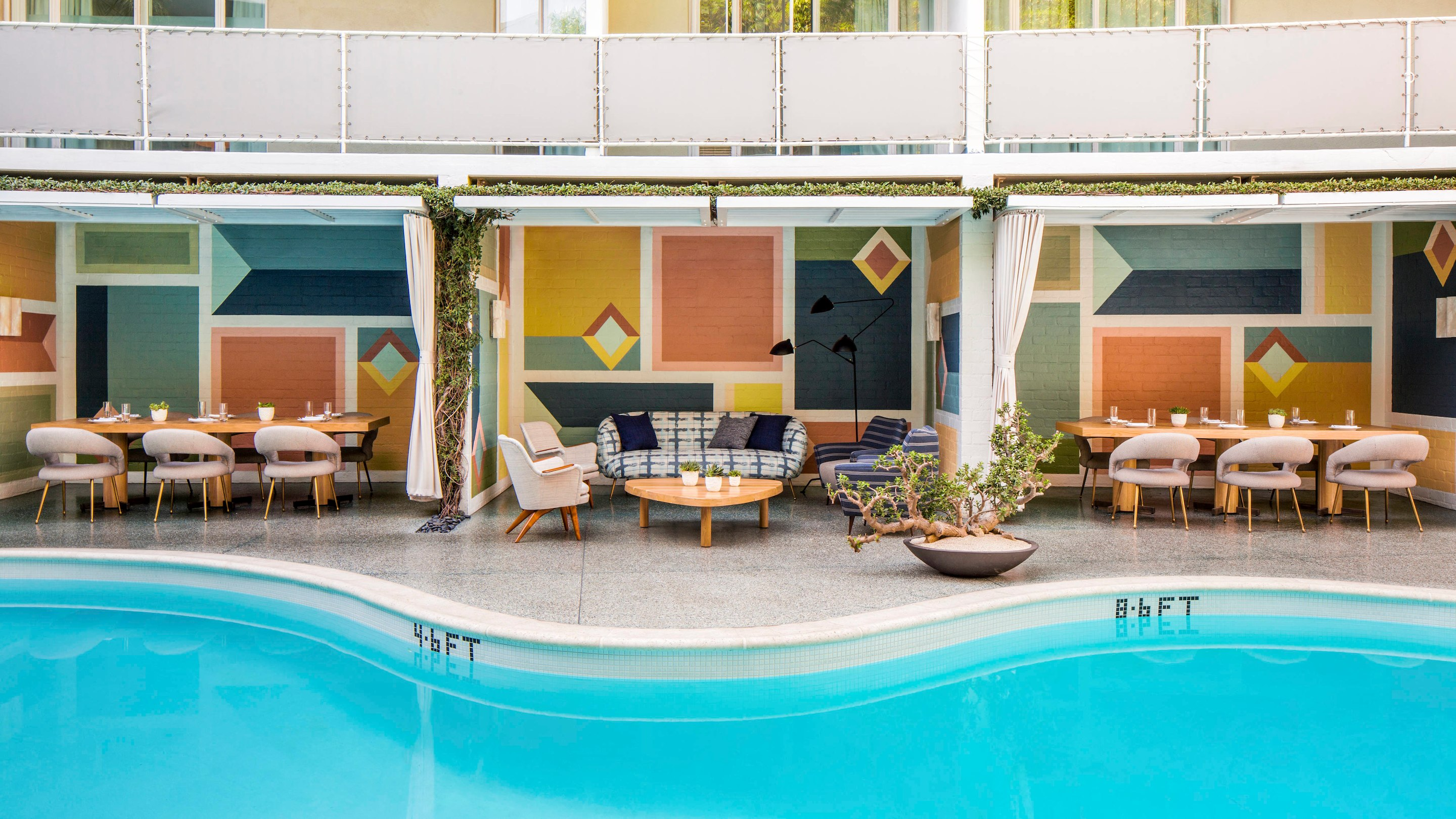 Avalon Hotel Beverly Hills - Marriott Bonvoy™ American Express Card for Canadians