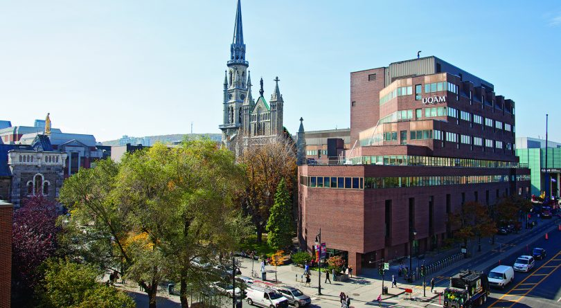 The Best Credit Cards for Université du Québec à Montréal Students